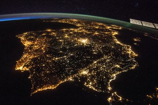 Amazing images from the International Space Station image 33