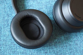 Microsoft Surface Headphones 2 review photo 4