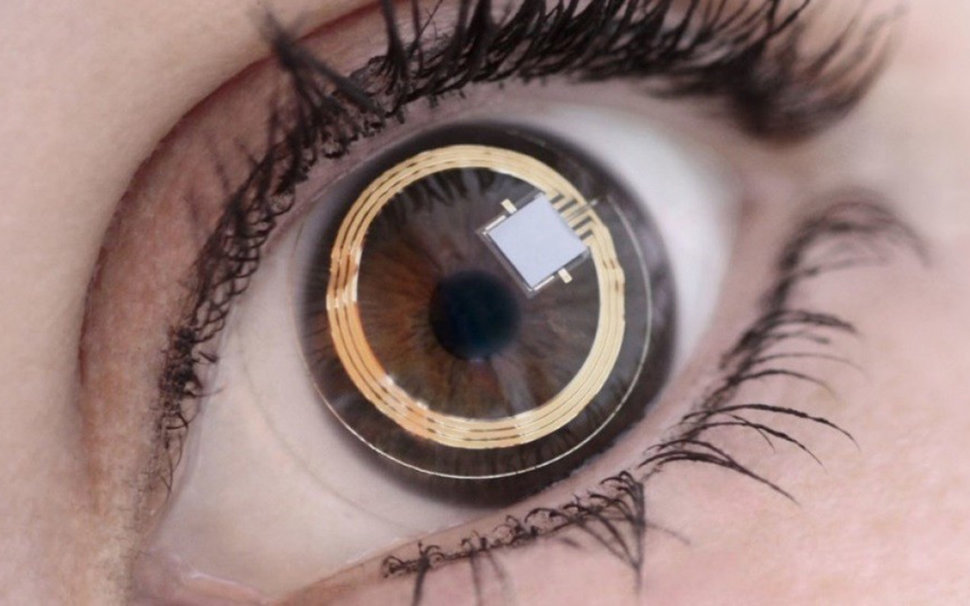 Samsung contact lens displays will put AR video and cameras in your eyes