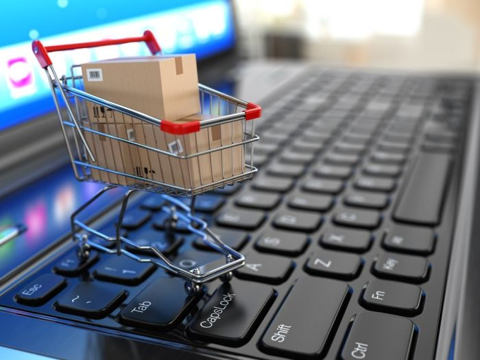 5 reasons why online shopping is going hybrid online and in the real world
