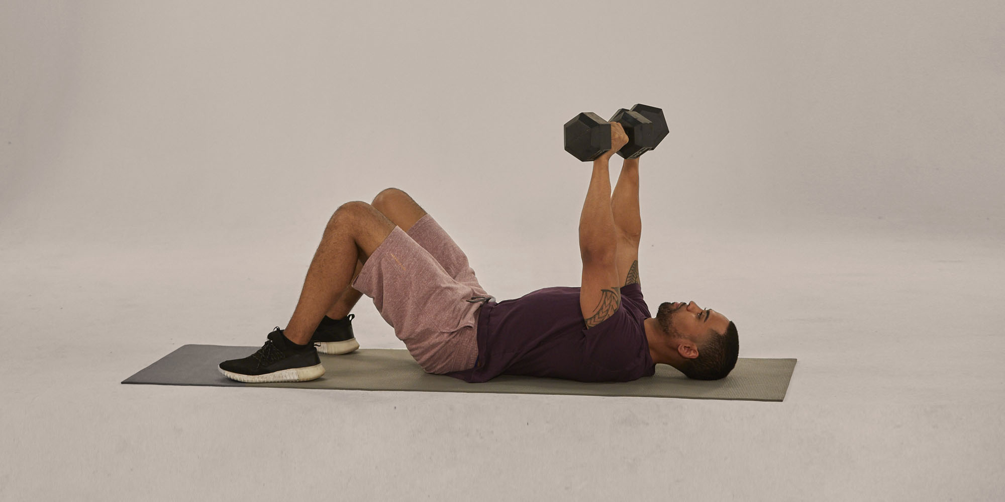 How To Do The Floor Press With Perfect Form Anywhere