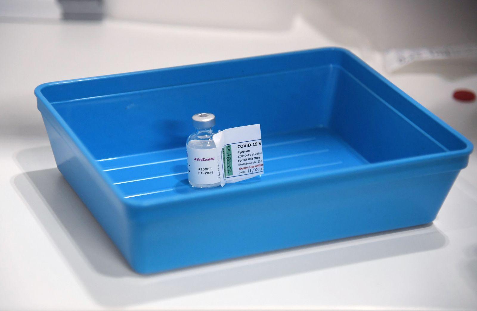 corona gesundheitsministerium widerspricht niedriger wirksamkeit von astrazeneca impfstoff der spiegel