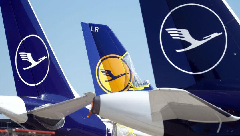 Kranich am Boden: Die Lufthansa hat 95 Prozent ihrer Flüge streichen müssen - und steht vor der schwersten Krise ihrer Geschichte