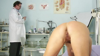 Unshaven_housewife_Eva_visits_gyno_doc_fuck_hole_inspection Preview Image
