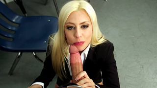 Jessie Volt sucking huge cock_to get_a new job Preview Image