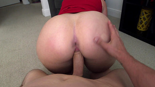 Big booty bitch Virgo Peridot took his shaft balls deep while in POV Preview Image