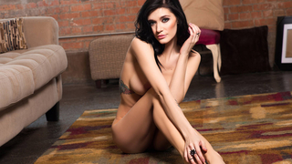 Solo babe dressed to impress Preview Image