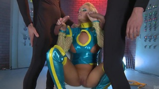 Hot cosplay video of the sexy Alexis Monroe Preview Image