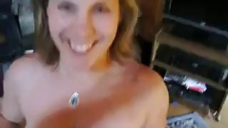 Curvy Woman Blowing_Her Mans_Cock Preview Image