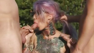Sweet hot chick Sydnee Vicious loves to fuck a hard dick Preview Image