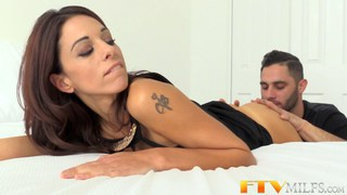 Horny MILF Eva Long gets covered in cum Preview Image