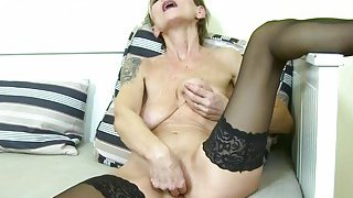 EuropeMaturE Sexy Granny Ivana Solo Fingering Preview Image