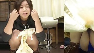 Subtitles Japanese amateur pee desperation in HD Preview Image