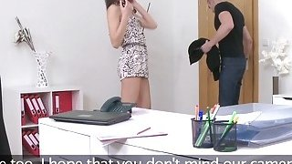 Slim female agent makes sex tape in casting Preview Image