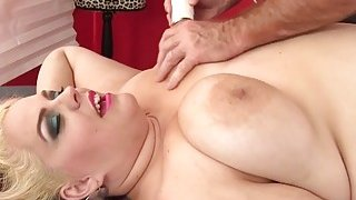 BBW Buxom Bella gets a sex massage Preview Image