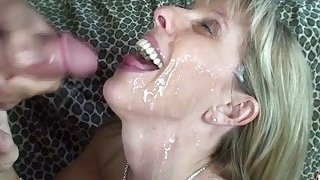 19 year old_boy fucks and facializes busty blonde mom Preview Image