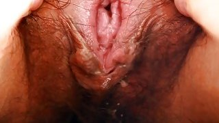 Sweet Chinese babe shows off her juicy hairy love tunnel Preview Image