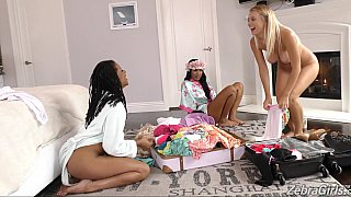 Interracial lesbian threesome begins Preview Image