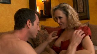 Flexible Brandi Love likes to give stout blowjobs Preview Image
