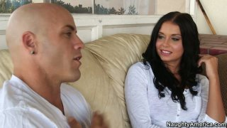 Dick addicted Victoria Blaze sucks a tasty hot lollicock Preview Image