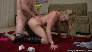 Sexy cougar Desiree Dalton_in high_heel boots fucks doggy style Preview Image