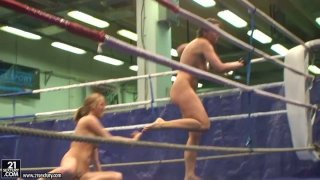 Real nude fighters Lisa Sparkle & Linda Ray are in the ring Preview Image