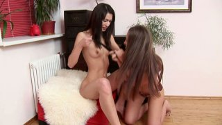 Fricatrice Anne Marya is mad about eating juicy pussies Preview Image