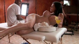Aletta_Ocean_fools_around_during_the_break_between_the_video_scenes Preview Image