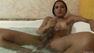 Booty ladyboy Alana_Ribeiro taking a bath Preview Image