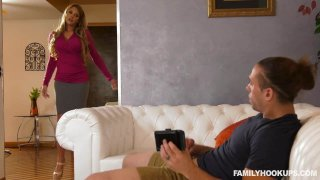 Handy Stepmom Cums To The Rescue Preview Image