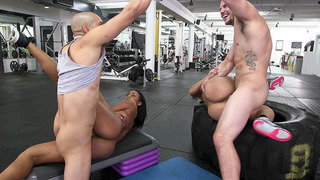 Valerie_Kay_and_Arianna_Knight_having_foursome_sex_in_the_gym Preview Image
