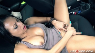 Lara Tinelli Car Squirt Preview Image