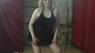 BBW MILF lapdances and gets her pussy licked_and fingered Preview Image