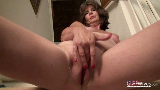 USAwives Awesome Mature Lovers Showoff Slideshow Preview Image