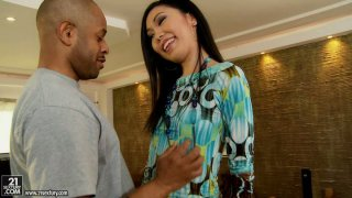 Frisky Asian hooker Yiki fills her mouth with some black_meat Preview Image