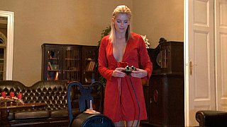 Blonde babe introducing sybian machine Preview Image