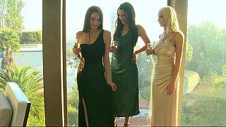 Fashionable lesbian ladies Preview Image