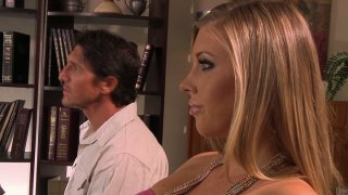 Kinky_Samantha_Saint_sucks_a_cock_after_relationship_therapy Preview Image