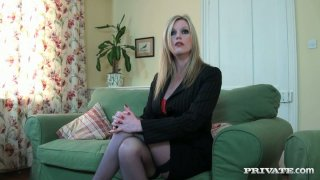 Sexy blond milf_Holly Kiss working with_her mouth Preview Image