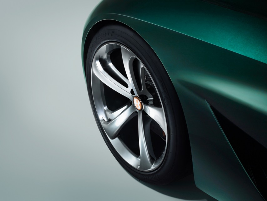 Bentley EXP 10 Speed 6 -6.jpg