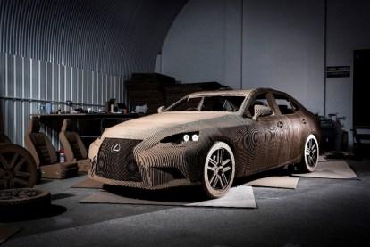 Lexus Sedan - Kartondan Araba