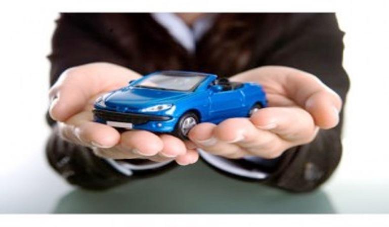 El precio del seguro del coche ha bajado
