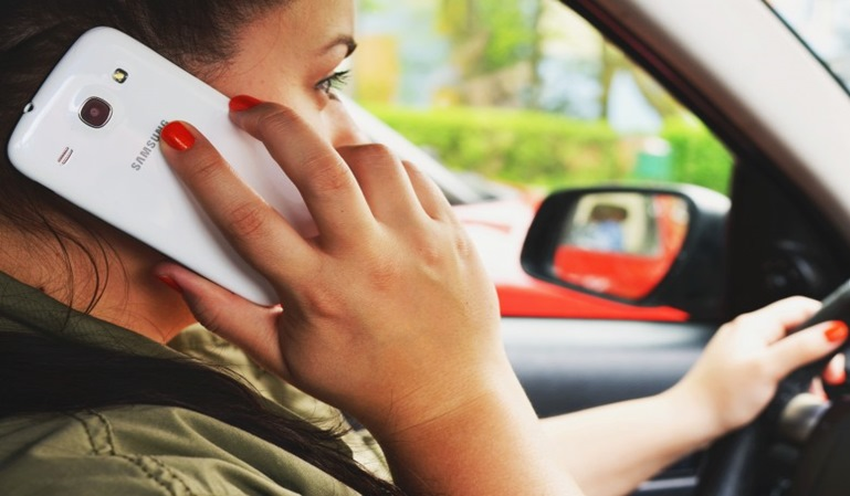 Sabrán si utilizabas el teléfono mientras conducías