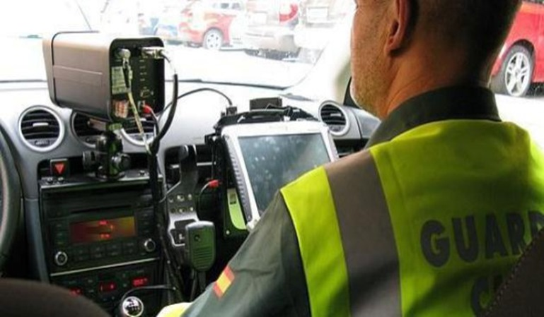 Un guardia civil atribuyó una multa a un fallecido