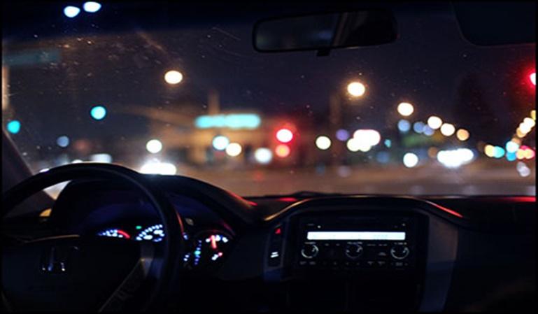 Cómo conducir de noche con seguridad