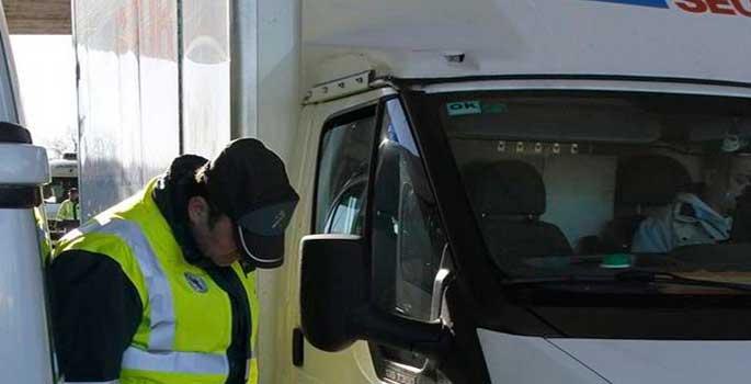 Tráfico podrá revisar ITV de camiones en plena carretera