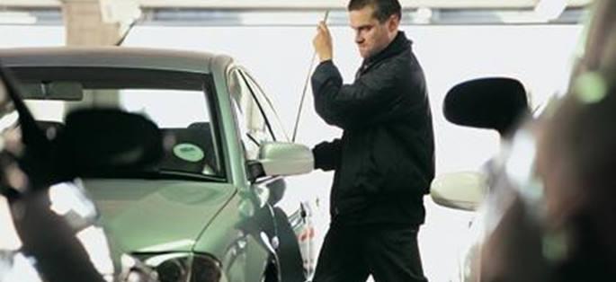 El método para evadir multas ante un robo de coche