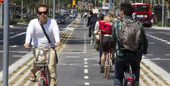 Las bicicletas critican la dureza de las multas en Barcelona