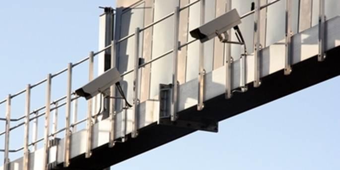 Tráfico y sus cámaras de vídeo para multar si no está la ITV en vigor