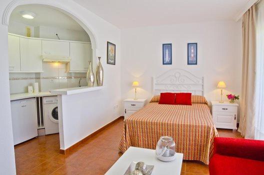 Apartamentos Leo Islamar Golf  Islantilla  Huelva